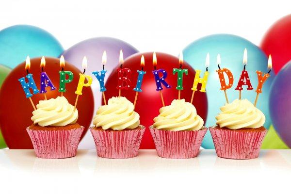 Изображение - Поздравления внучке с 18 летием от бабушки 1519751309_happy-birthday-cupcake-den-rozhdeniya-svechi-shary-keksy