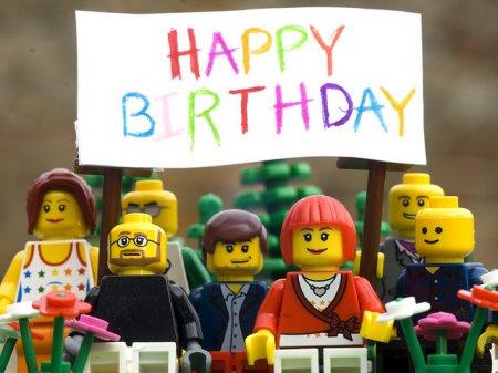 Изображение - Короткое поздравление для мальчика с днем рождения 1532067445_lego-happy-birthday